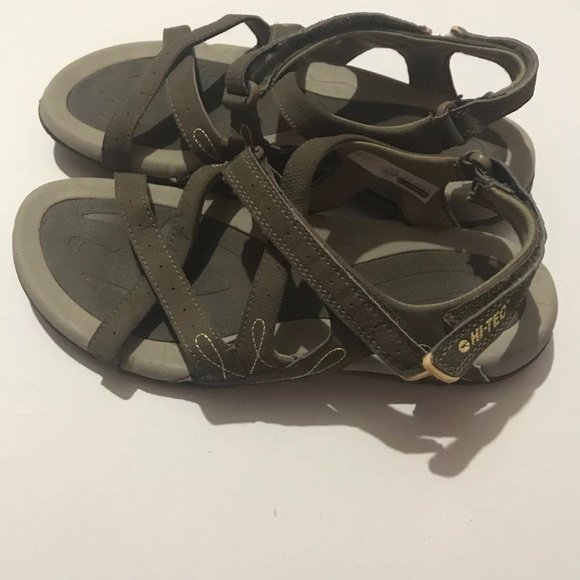 69f3d26d3631 Hi-Tec Shoes - Hi-Tec WAIMEA FALLS Women s 8 Sandals